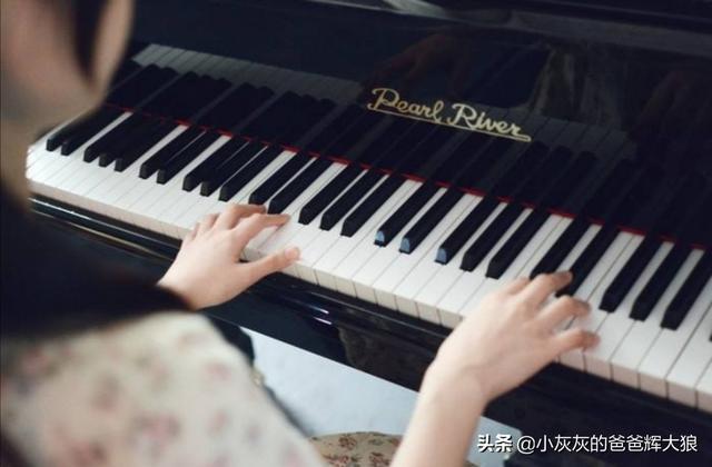 我想学弹卡农钢琴曲,没有基础,不知道能不能学会,需要多久?