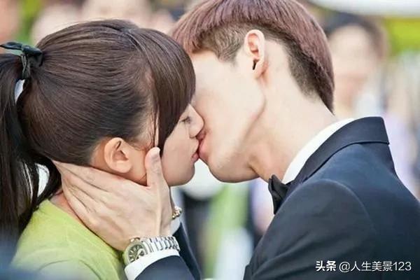 南京梧桐树的故事 :男生会吻一个自己不喜欢的女孩吗?
