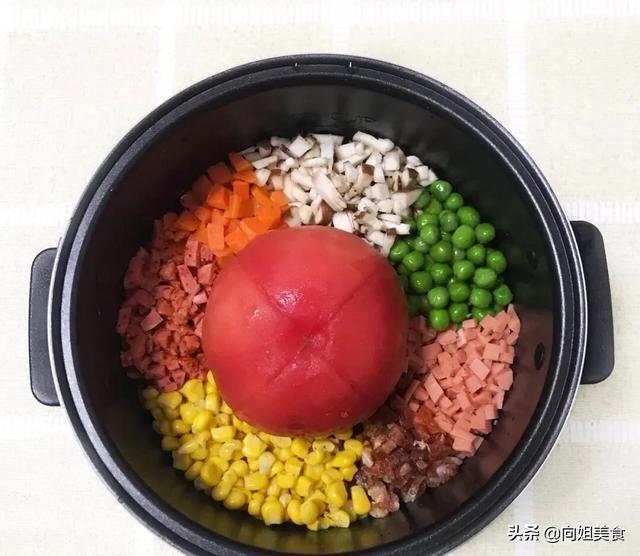 适合一个人煮饭的菜谱 大电饭锅煮饭的方法 有哪些简单又美味,适合懒人的做饭方法?