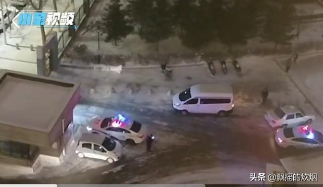 贡山一面包车坠江致1死2伤,多力量联合施救, 你