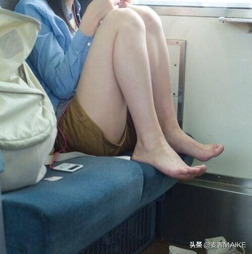 青岛按摩 :为什么张无忌给女的输入内力要脱衣服?