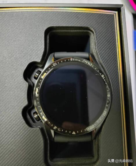 华米官网,华为和华米智能手表哪个性价比高?