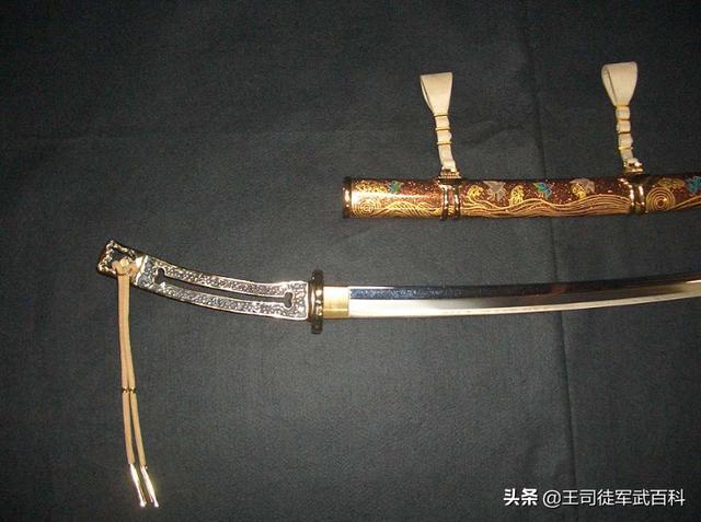中国有没有像日本武士刀一样,有值得文化宣传输出的帅气冷兵器?