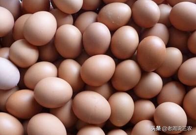 鸡吃什么能改变蛋黄颜色?