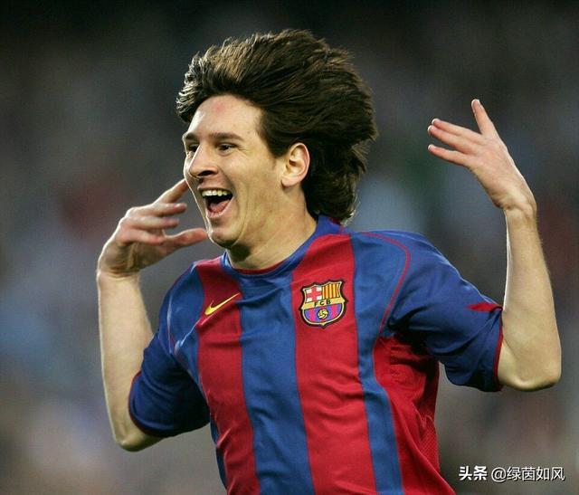 最火的足球明星 有哪些足球明星最初的中文译名