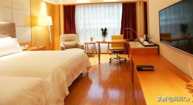 如果发现酒店在房内安装针孔摄像头该怎么办?