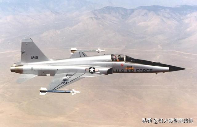 1架伊朗军机突发事故,导致2名飞行员死亡,是美
