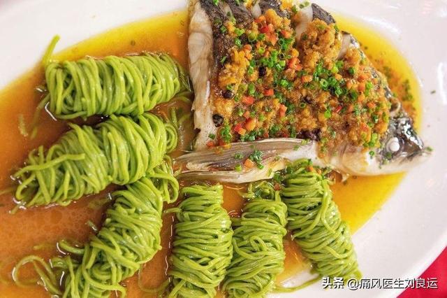 金枪鱼头的烹调方法请举2例?