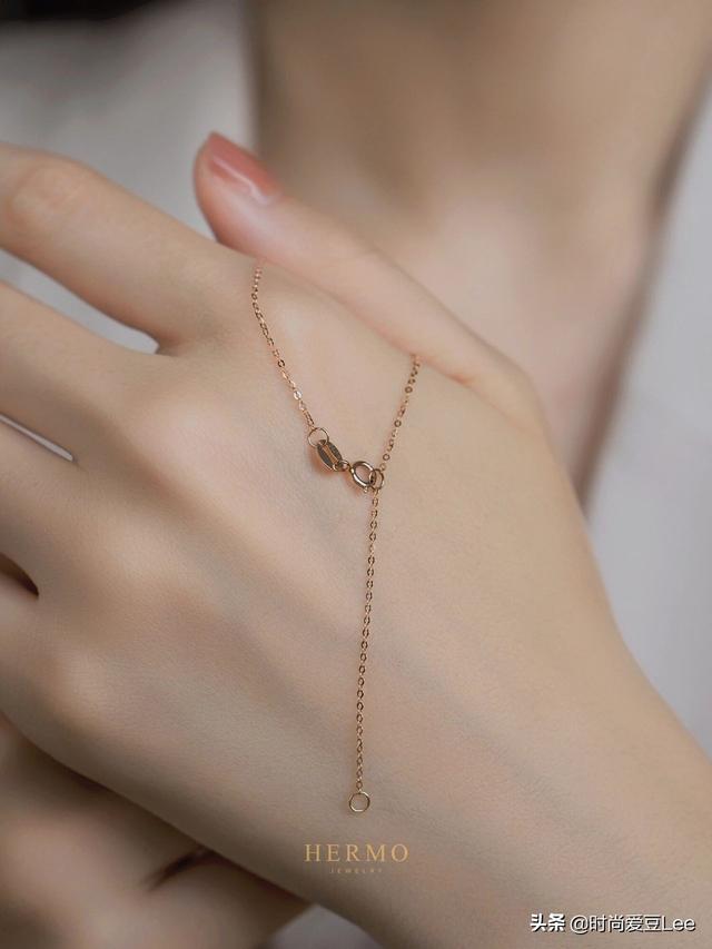 草莓晶可以做项链吗、草莓晶手链有什么好处、草莓晶手链一般带几颗插图2
