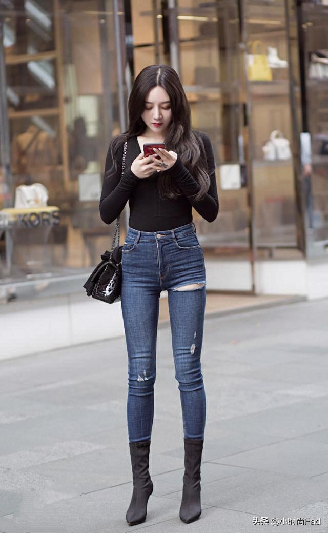 淘宝上有哪些好看到爆,有设计感的牛仔裤?
