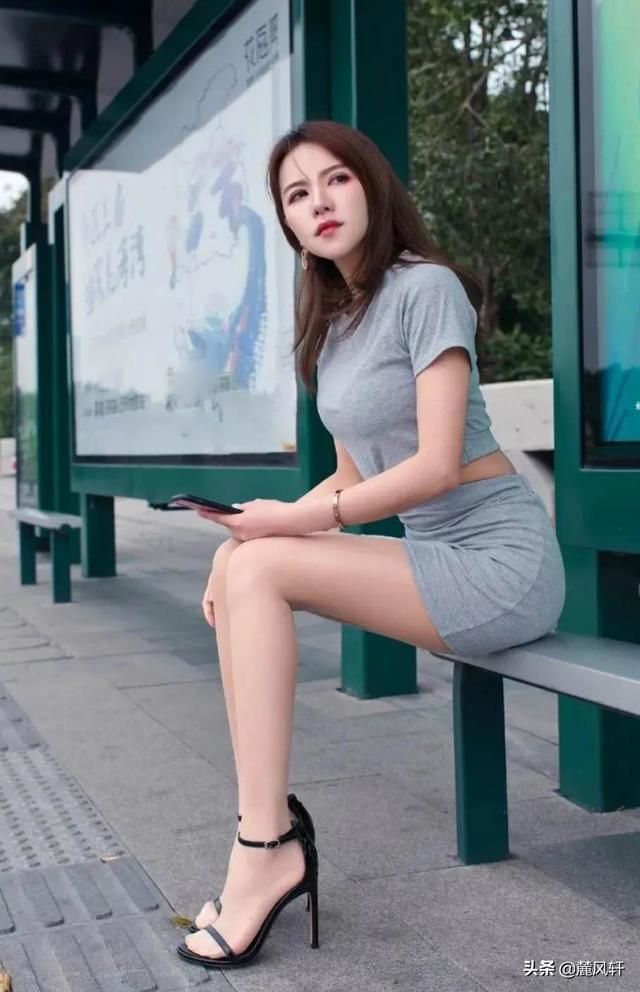 丰满美女大腿图片搜索,女性腿粗屁股大是怎么回事?
