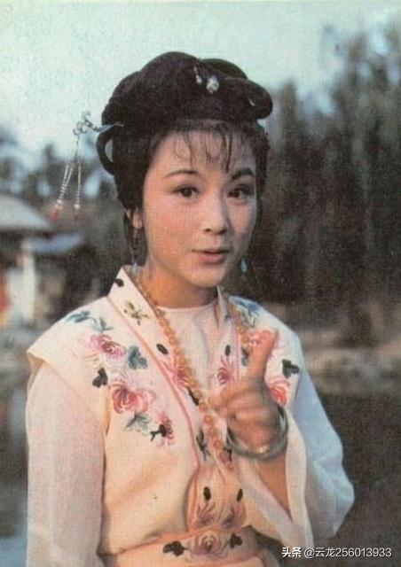 性感美女写真 :如何评价红楼梦中史湘云这个人物?