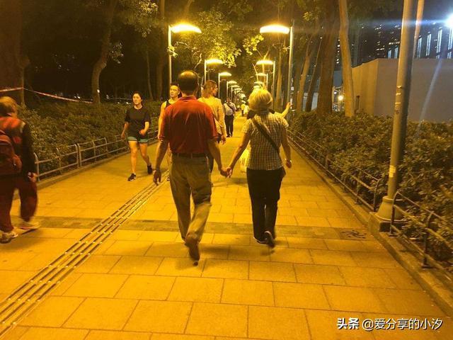 散步发朋友圈心情短语有哪些?(图1)