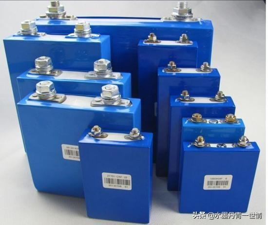 磷酸铁锂电池可以做汽车副电瓶吗?(图1)