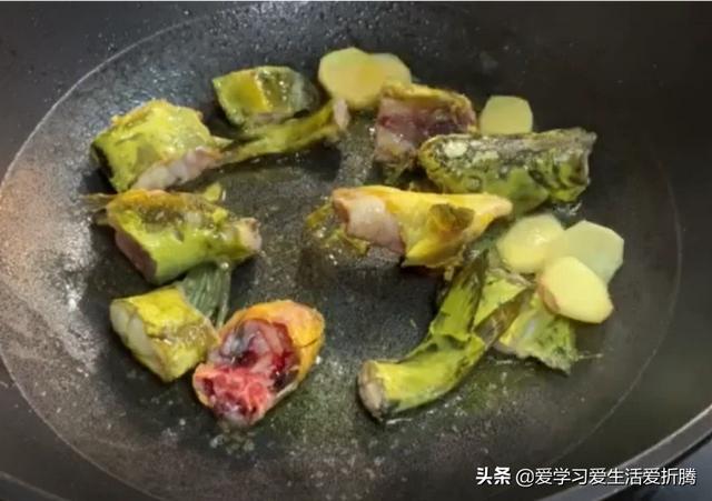 鲫鱼豆腐汤怎么做才好吃?(鲫鱼豆腐汤怎么做好吃不腥)
