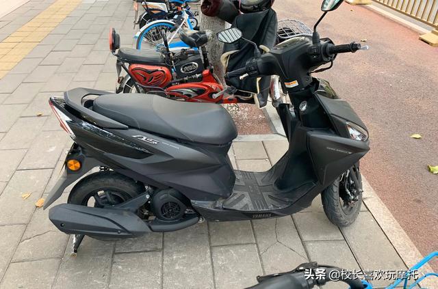 小型摩托车,推荐一下小排量的踏板摩托车?