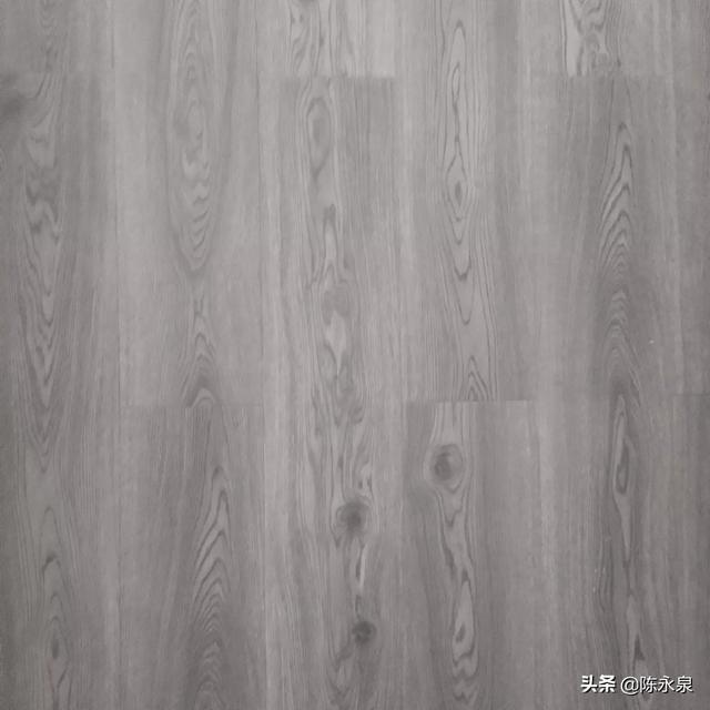 装实木地板,什么季节天气情况下最适合?(南方天气地板潮湿该怎么办)