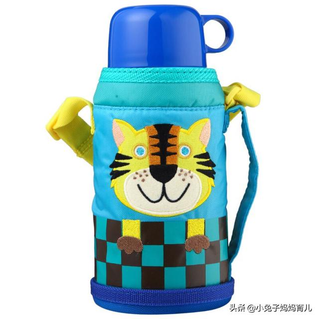 儿童家用水杯哪个品牌好 幼儿园买什么水杯合适 想给家里宝宝买儿童水杯,有没有推荐的?