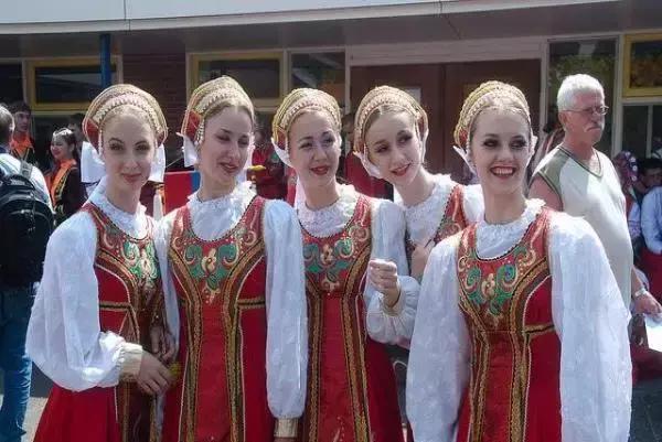去白俄罗斯旅游要花多少钱,去白俄罗斯旅游要多少费用?插图2