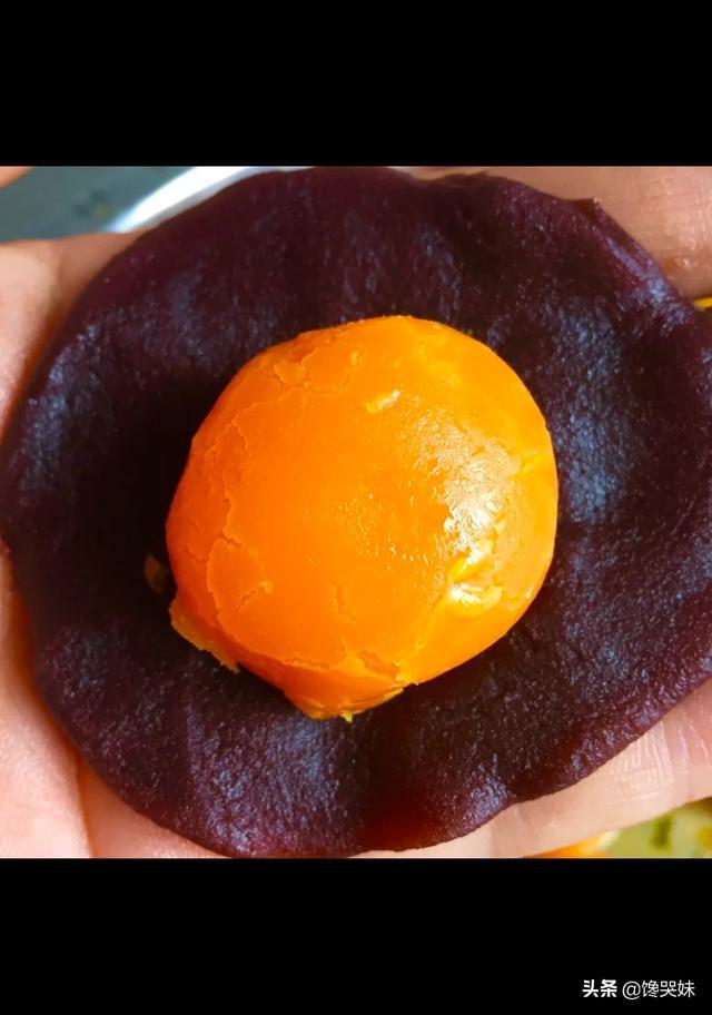 做蛋黄酥用的蛋黄怎么弄会软?