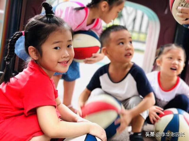 幼儿园小班教师节礼物,需要给幼儿园老师送礼吗?送什么好呢?