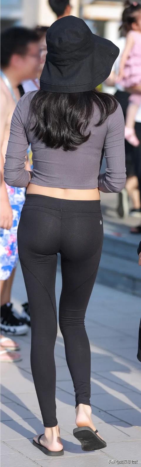 紧身裤两块凸,腰细屁股翘的女生怎么买裤子?