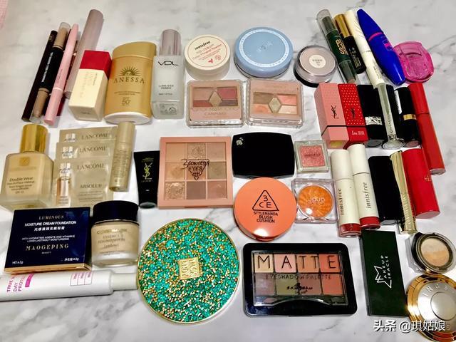 有人说女孩子的化妆品多,你能拍几张你的化妆品的照片吗?有什么购买心得?