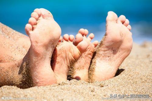轻度杵状指图片,肾不好,手脚有什么表现?
