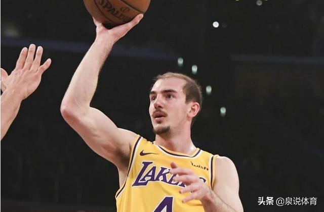 NBA历史上最弱的球员是谁,为什么?湖人球员卡鲁索火辣女友曝光,这就是他秃头的真实原因吗?
