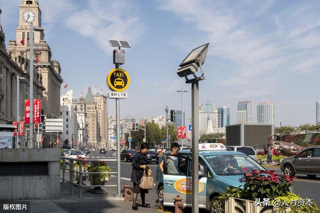 上海出租车新手能挣钱吗 现在从事上海的出租车