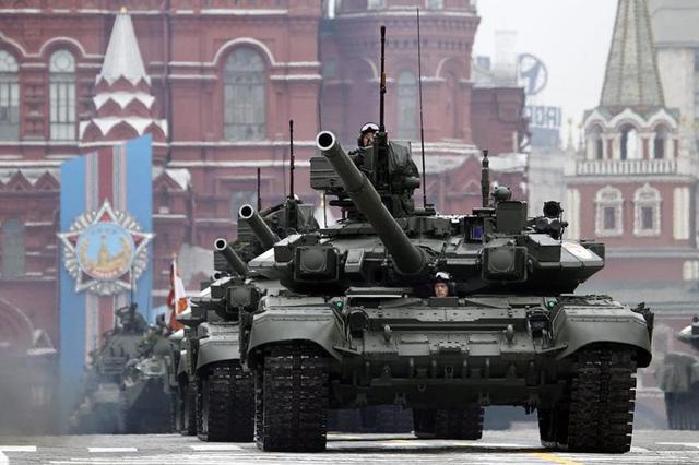 俄罗斯如果向北约开战,应该先打哪个国家?