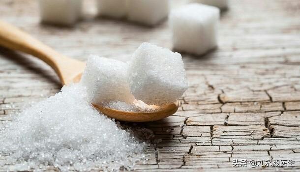 """肿瘤靠糖提供能量和营养,不吃糖能够预防或者""""饿死""""肿瘤细胞吗?有什么医学依据?"""