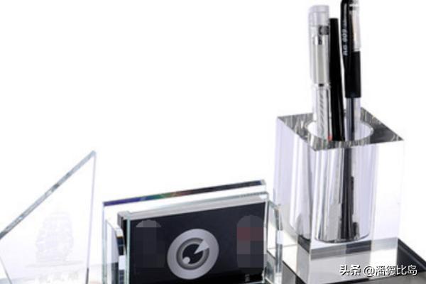 给英语老师做教师节礼物的盲盒该怎么做,为老师做贺卡英语怎么说?(给老师的英语贺卡内容)