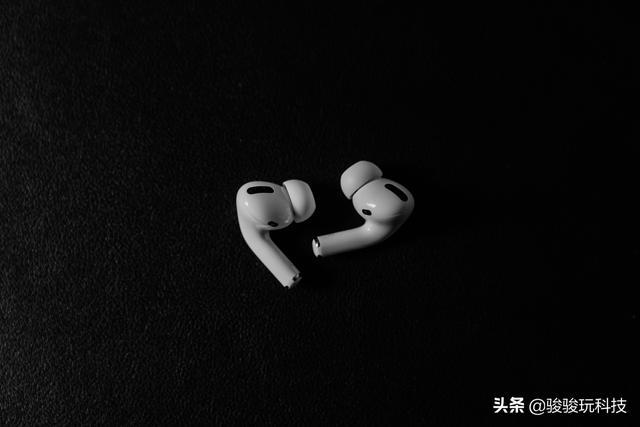 漫步者宋轶情人节礼物,国产降噪蓝牙耳机有没有推荐的?(平价降噪蓝牙耳机推荐)