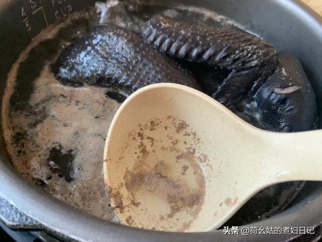 女性例假后喝乌鸡汤,怎么做乌鸡汤?(乌鸡汤怎么做最补气血)