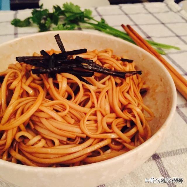 爱上海 北京同城 女生自荐区 :哪里能吃到上海特色的小吃?