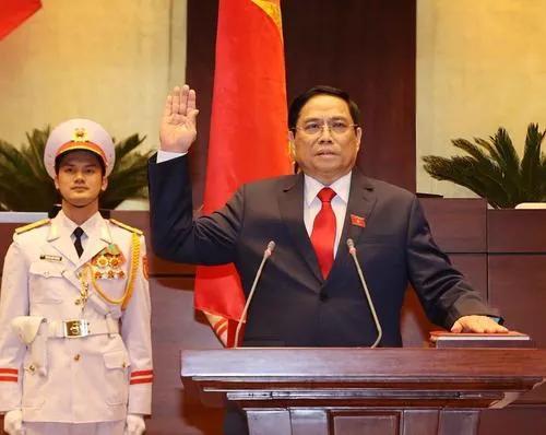 越南疫情严重,引发了社会问题,越南能否崩溃