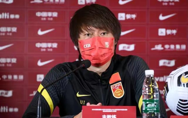 中国足球历史上最成功的本土足球教练是谁图3